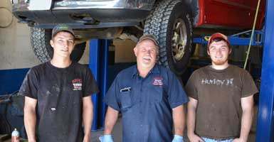 Bruce Auto Parts Support Staff Installations