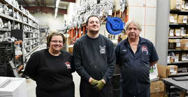 Bruce Auto Parts Support Staff Shipping